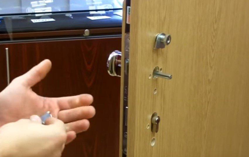 montáž dverovej zámky
